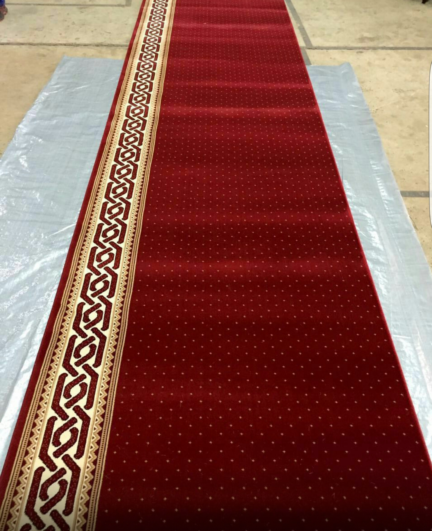 Cara membersihkan karpet masjid yang baik