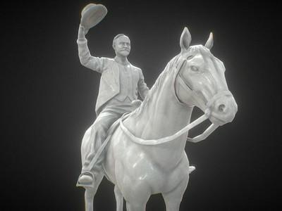 Madero Statue